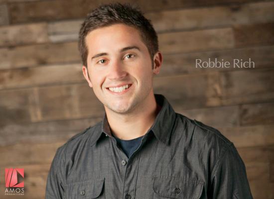 Robbie-Rich-01
